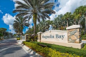 Magnolia Bay