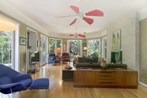 Additional photo for property listing at 12 Oakwood Drive 12 Oakwood Drive Stuart, Florida 34996 Estados Unidos