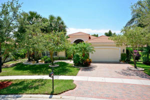 Single Family Home for Sale at 8683 Tierra Lago Cove 8683 Tierra Lago Cove Lake Worth, Florida 33467 United States