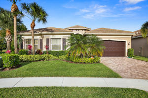 Single Family Home for Sale at 9692 Dovetree Isle Drive 9692 Dovetree Isle Drive Boynton Beach, Florida 33473 United States