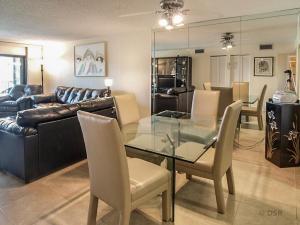Additional photo for property listing at 445 SE 21st Avenue 445 SE 21st Avenue Deerfield Beach, Florida 33441 Estados Unidos