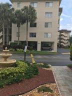 Condominium for Rent at 8000 Hampton Boulevard 8000 Hampton Boulevard North Lauderdale, Florida 33068 United States