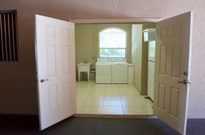 Additional photo for property listing at 4985 Stables (Stalls) Way 4985 Stables (Stalls) Way Wellington, Florida 33414 États-Unis