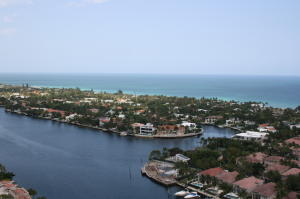 Condominio por un Alquiler en 19355 Turnberry Way Aventura, Florida 33180 Estados Unidos