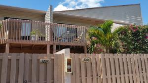 Condominio por un Alquiler en 612 Executive Center Drive 612 Executive Center Drive West Palm Beach, Florida 33401 Estados Unidos