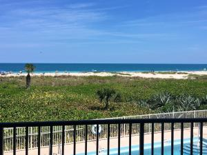 Condominio por un Alquiler en Sea Cove, 1700 Ocean Drive 1700 Ocean Drive Vero Beach, Florida 32963 Estados Unidos