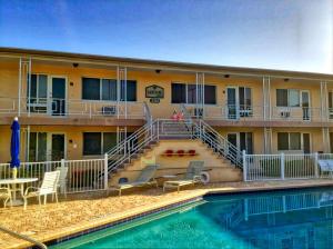Appartement en copropriété pour l à louer à LAKESIDE APARTMENTS, 3201 SE 12th Street Pompano Beach, Florida 33062 États-Unis