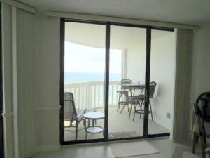 Additional photo for property listing at 9960 S Ocean S Drive 9960 S Ocean S Drive Fort Pierce, Florida 34950 United States