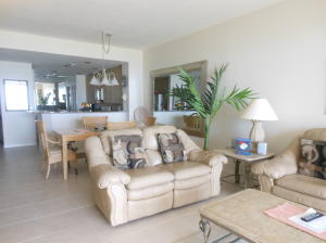Additional photo for property listing at 1030 Windward Drive 1030 Windward Drive 皮尔斯, 佛罗里达州 34949 美国
