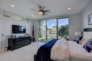 Additional photo for property listing at 2743 Ne 1st Street 2743 Ne 1st Street Pompano Beach, Florida 33062 Vereinigte Staaten