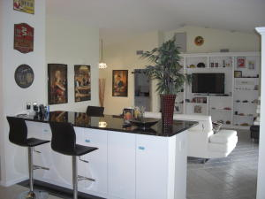 Additional photo for property listing at 8780 Sand Lake Court 8780 Sand Lake Court Lake Worth, Florida 33467 États-Unis