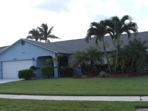 Additional photo for property listing at 8780 Sand Lake Court 8780 Sand Lake Court Lake Worth, Florida 33467 United States