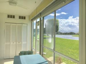Additional photo for property listing at 1075 Cornwall D 1075 Cornwall D Boca Raton, Florida 33434 États-Unis