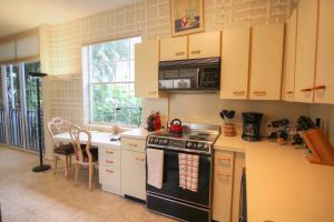 Additional photo for property listing at 5125 Lake Catalina Drive 5125 Lake Catalina Drive Boca Raton, Florida 33496 États-Unis