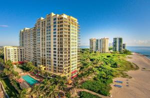 Condominium for Rent at The Resort, 3800 N Ocean Drive 3800 N Ocean Drive Singer Island, Florida 33404 United States