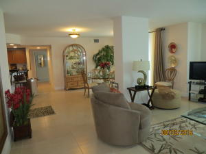 Additional photo for property listing at 610 Clematis Street 610 Clematis Street West Palm Beach, Florida 33401 United States
