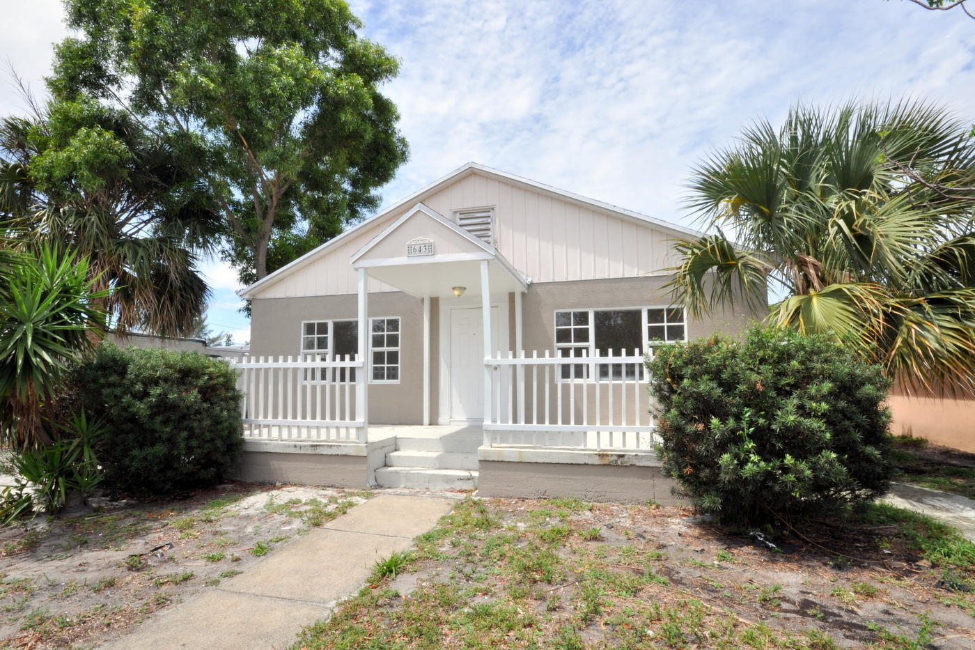 643 33rd Street West Palm Beach, FL 33407