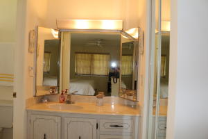 Additional photo for property listing at 1080 North Drive 1080 North Drive Delray Beach, Florida 33445 United States