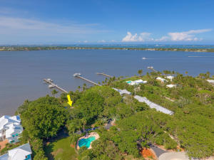 Single Family Home for Sale at 21 SE Harbor Point Drive Stuart, Florida 34996 United States