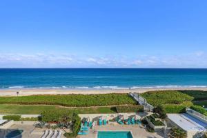 Condominium for Rent at Meridian Palm Beach, 3300 S Ocean Boulevard 3300 S Ocean Boulevard Palm Beach, Florida 33480 United States