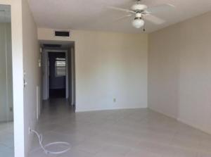 Additional photo for property listing at 4053 Hythe C 4053 Hythe C Boca Raton, Florida 33434 États-Unis