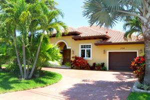 Single Family Home for Sale at 1706 SE 5th Court 1706 SE 5th Court Deerfield Beach, Florida 33441 United States