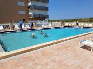 Additional photo for property listing at 10200 S Ocean 10200 S Ocean Jensen Beach, Florida 34957 Vereinigte Staaten