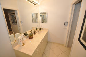 Additional photo for property listing at 17201 Ryton Lane 17201 Ryton Lane Boca Raton, Florida 33496 United States