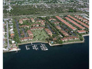 Additional photo for property listing at 127 Yacht Club Way 127 Yacht Club Way Hypoluxo, Florida 33462 United States