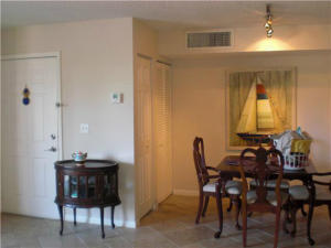 Additional photo for property listing at 127 Yacht Club Way 127 Yacht Club Way Hypoluxo, Florida 33462 Vereinigte Staaten