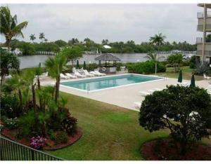 Palm Beach Harbor Club