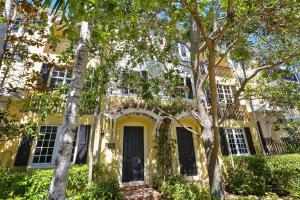 Townhouse for Sale at 1941 S Olive Avenue 1941 S Olive Avenue West Palm Beach, Florida 33401 United States