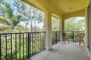 1040 VINTNER BOULEVARD, PALM BEACH GARDENS, FL 33410  Photo