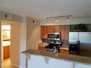 Additional photo for property listing at 1215 Crystal Way 1215 Crystal Way Delray Beach, Florida 33444 Vereinigte Staaten