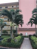 Condominio por un Alquiler en 10152 S Ocean Drive Jensen Beach, Florida 34957 Estados Unidos