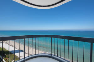 Additional photo for property listing at 5380 N Ocean Drive 5380 N Ocean Drive Singer Island, Florida 33404 Estados Unidos