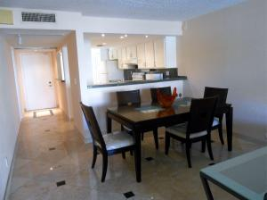 Additional photo for property listing at 10 Royal Palm Way 10 Royal Palm Way Boca Raton, Florida 33432 Estados Unidos