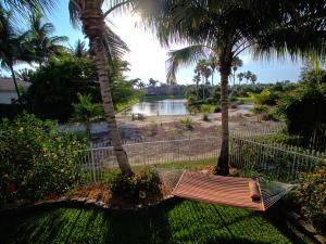 Single Family Home for Sale at 1752 Annandale Circle Royal Palm Beach, Florida 33411 United States