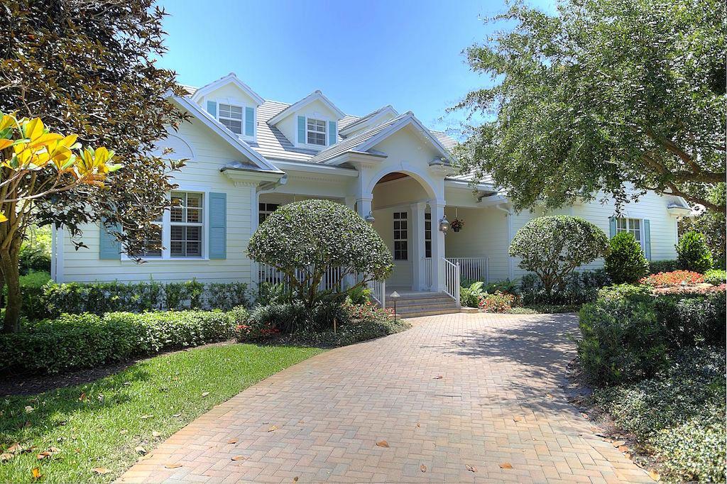 Home for sale in Pine Tree Country Club Estates Boynton Beach Florida