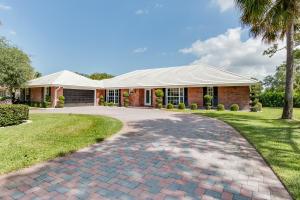 Maison unifamiliale pour l Vente à 513 S Country Club Drive Atlantis, Florida 33462 États-Unis