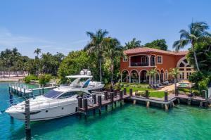 Einfamilienhaus für Verkauf beim 150 NE 5th Avenue Boca Raton, Florida 33432 Vereinigte Staaten