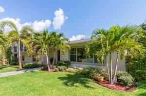 واحد منزل الأسرة للـ Sale في 201 Pershing Way West Palm Beach, Florida 33401 United States