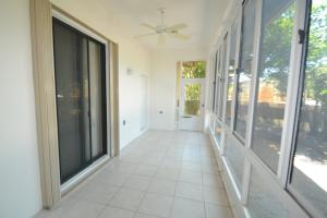 Additional photo for property listing at 4995 Pine Tree Drive 4995 Pine Tree Drive Boynton Beach, Florida 33436 États-Unis