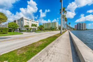 Additional photo for property listing at 1527 S Flagler Drive 1527 S Flagler Drive West Palm Beach, Florida 33401 Estados Unidos