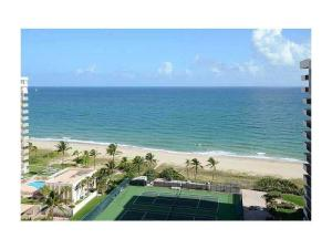 Condominio por un Alquiler en Sea Ranch Club A, 5100 N Ocean Boulevard 5100 N Ocean Boulevard Lauderdale By The Sea, Florida 33308 Estados Unidos