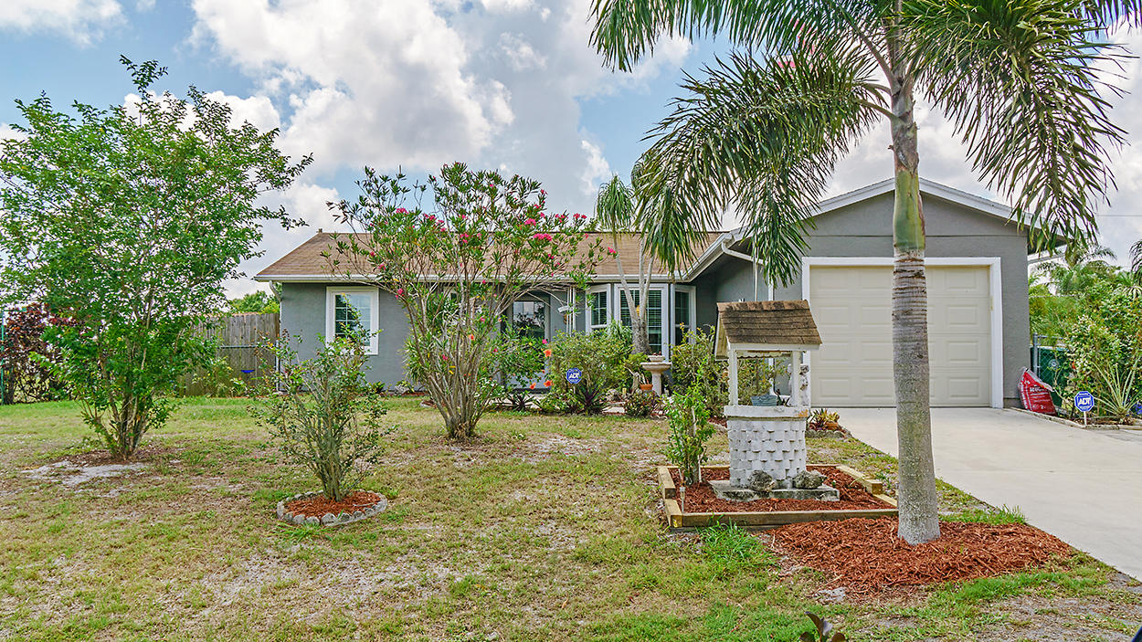 808 Jennifer Port Saint Lucie 34953