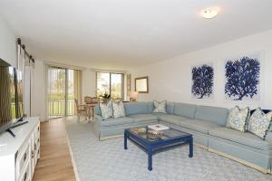 Eigentumswohnung für Mieten beim 5801 N Ocean Boulevard 5801 N Ocean Boulevard Ocean Ridge, Florida 33435 Vereinigte Staaten