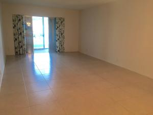 Additional photo for property listing at 1896 Palmland Drive 1896 Palmland Drive Boynton Beach, Florida 33436 Estados Unidos