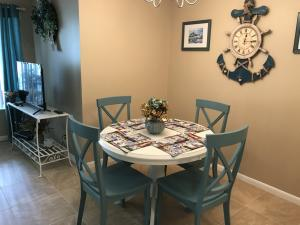 Additional photo for property listing at 5831 Whispering Pine Way 5831 Whispering Pine Way Greenacres, Florida 33463 États-Unis