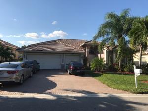 Maison unifamiliale pour l Vente à 12349 NW 52nd Court Coral Springs, Florida 33076 États-Unis